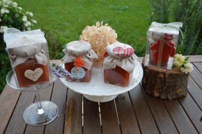 Barattolini regalo di marmellata di mele cotogne
