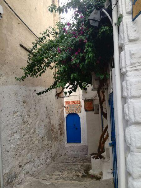 Stradina del centro storico di Peschici