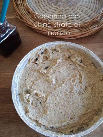 Ultimo strato di impasto per la torta al grano saraceno
