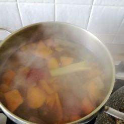 Brodo vegetale per il risotto