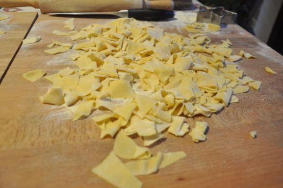 Maltagliati ricavati dai ritagli di pasta all'uovo