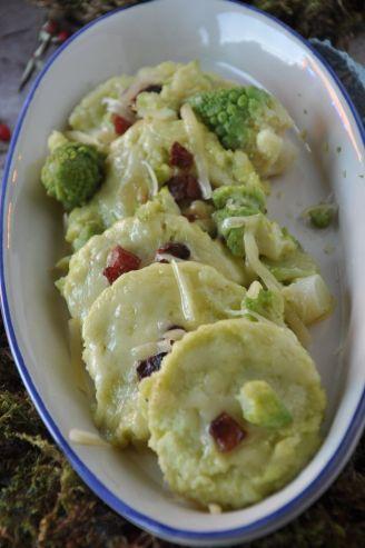 Gnocchi alla romana con fontina, guanciale e broccoli