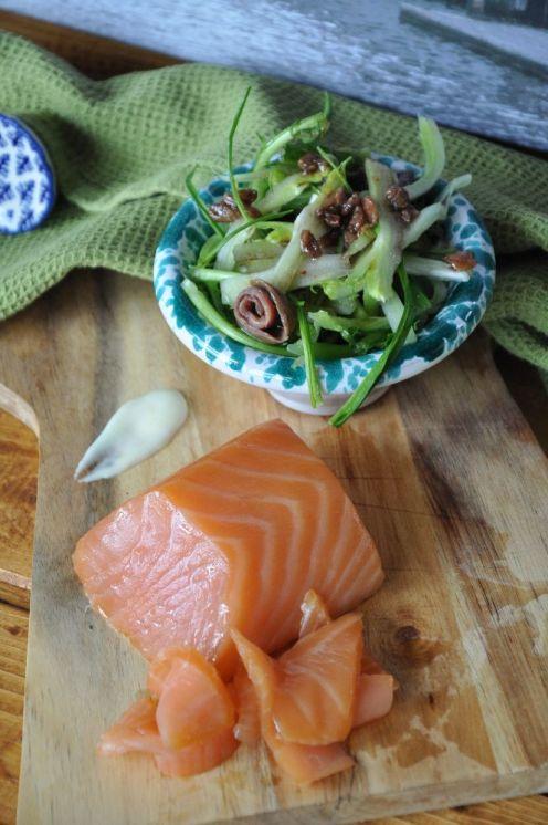 salmone e puntarelle