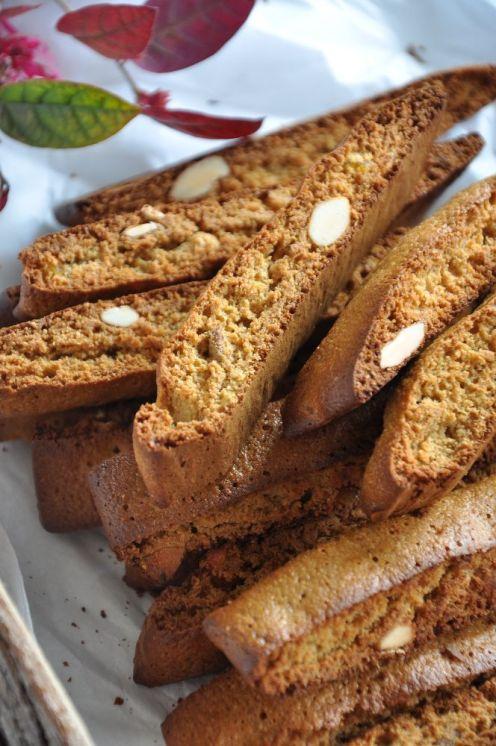 Tozzetti con farina d'avena, miele, mandorle e arancia candita1