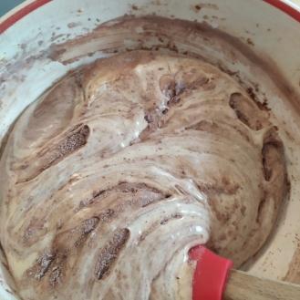 Torta al cioccolato con montata a caldo