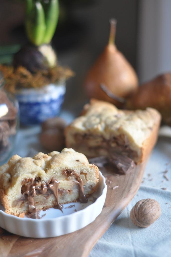 Strudel di frolla con pere, noci e cioccolato
